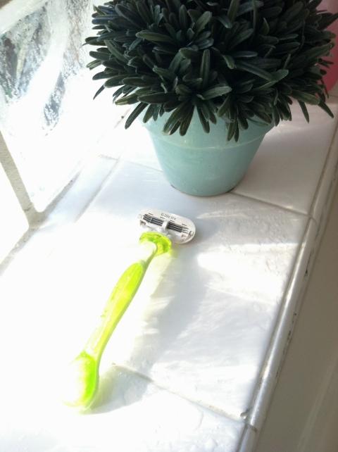 shaver in shower