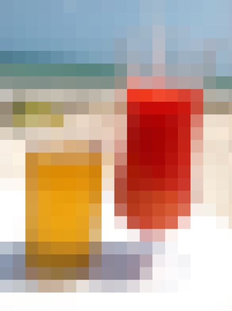 pixelated beach drinks 2