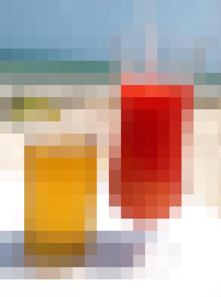 pixelated beach drinks 2